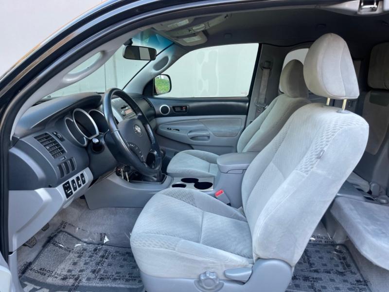 Toyota Tacoma 2009 price $19,995