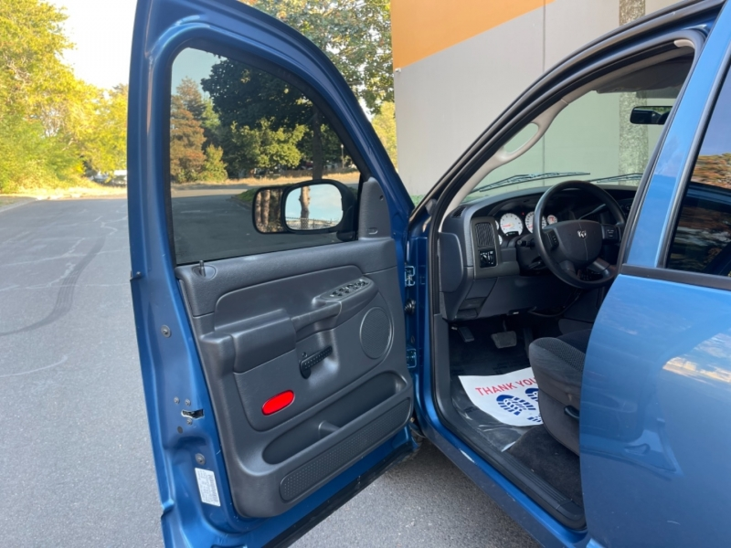 Dodge Ram 1500 2004 price $9,995