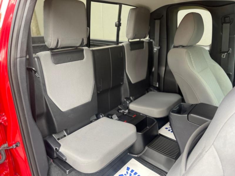 Toyota Tacoma 2020 price $38,995