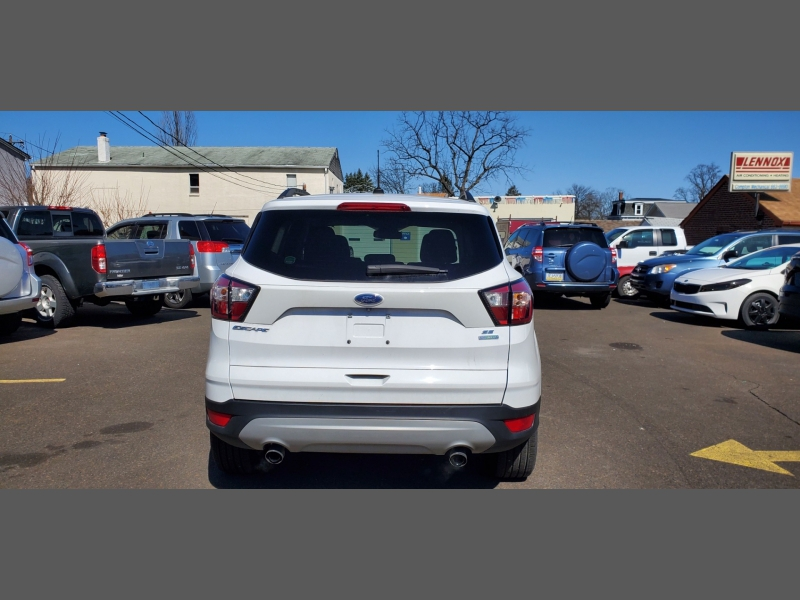 Ford Escape 2018 price $15,499