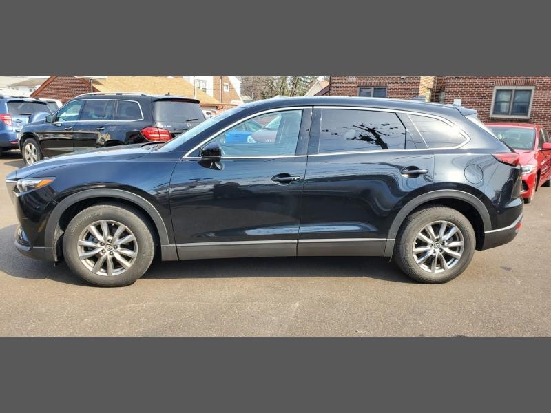 Mazda CX-9 2018 price $21,999
