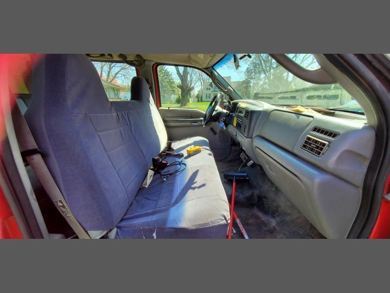 Ford Super Duty F-550 DRW 2003 price $11,999