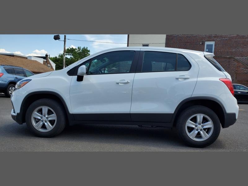 Chevrolet Trax 2018 price $13,499