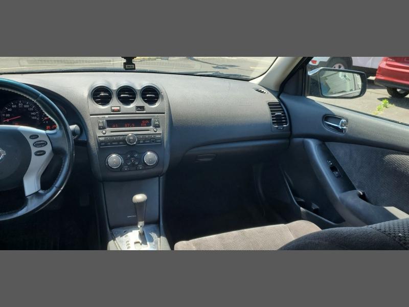 Nissan Altima 2009 price $5,499