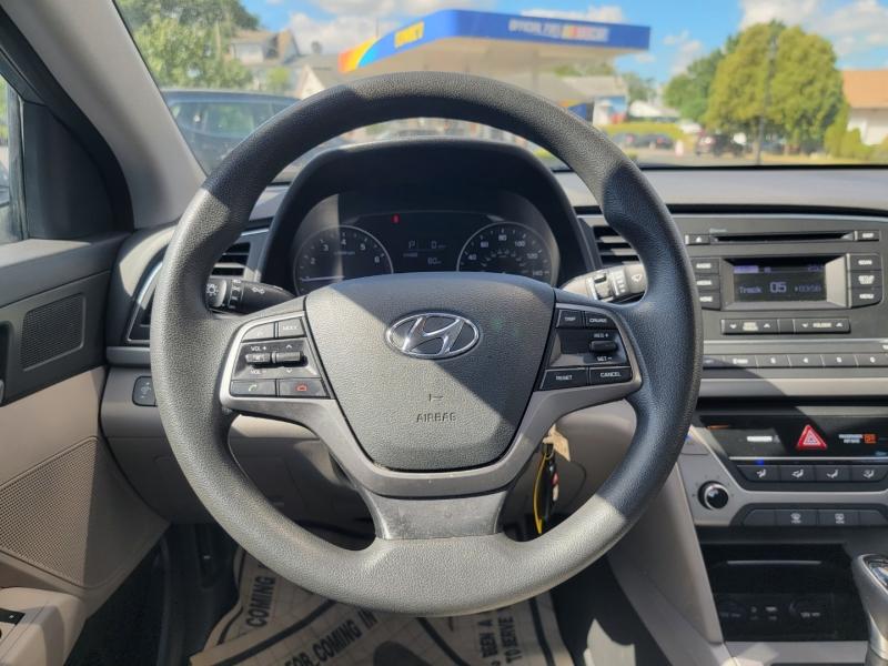 Hyundai Elantra 2018 price $11,499
