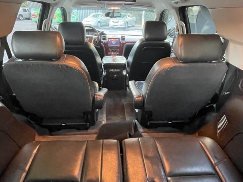 Cadillac Escalade 2010 price $13,490