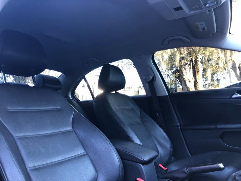 Volkswagen Jetta Sedan 2011 price $6,790