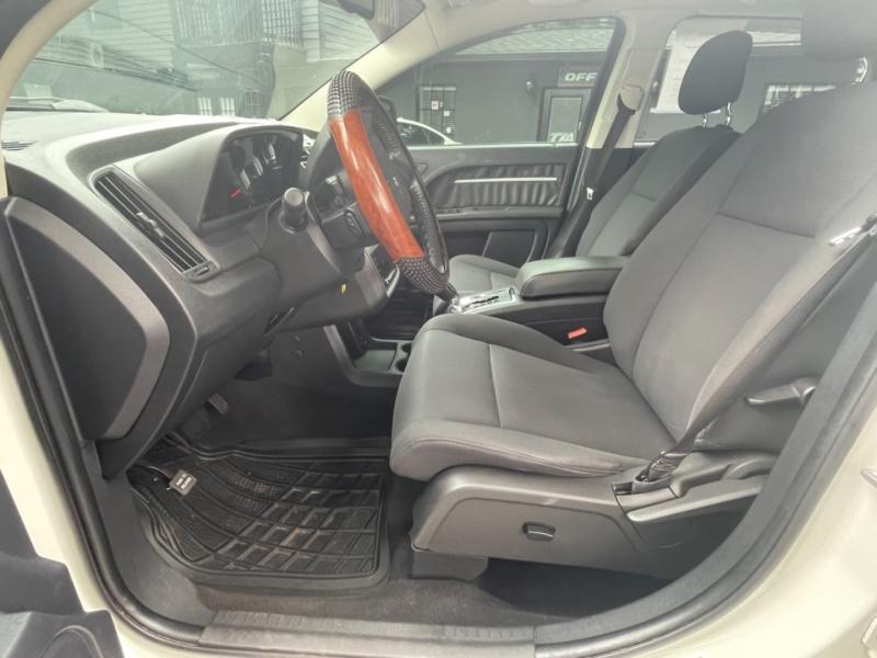 Dodge Journey 2010 price $10,990
