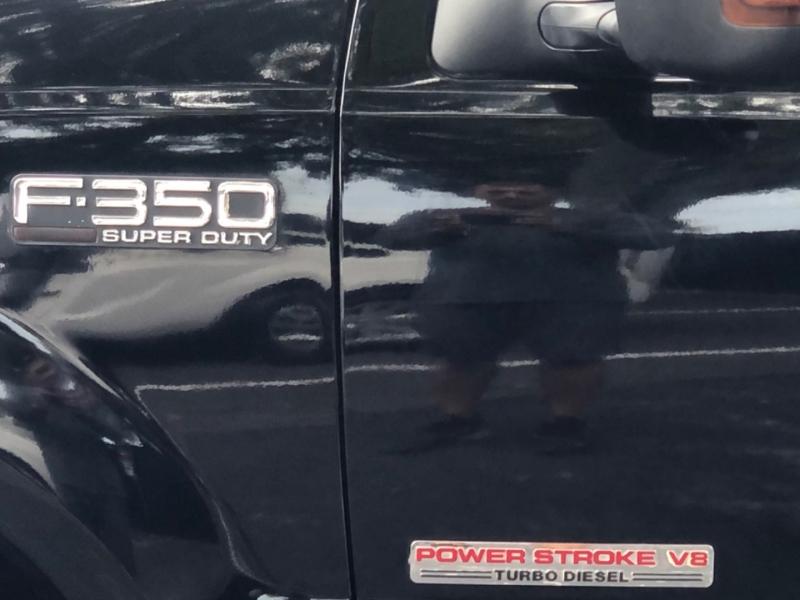 Ford Super Duty F-350 DRW 2004 price $18,990