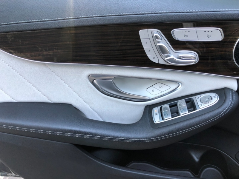 Mercedes-Benz C-Class 2016 price $27,990