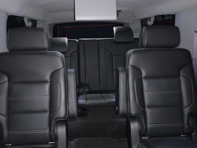 GMC Yukon XL 2015 price $35,990