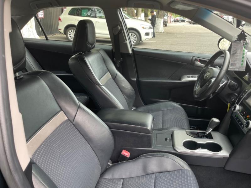 Toyota Camry 2012 price $11,990