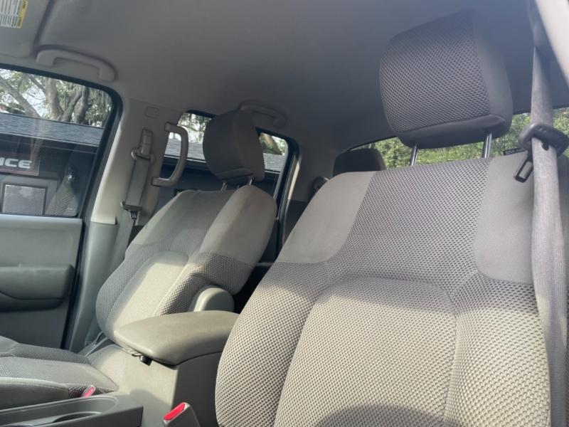 Nissan Frontier 2012 price $15,990
