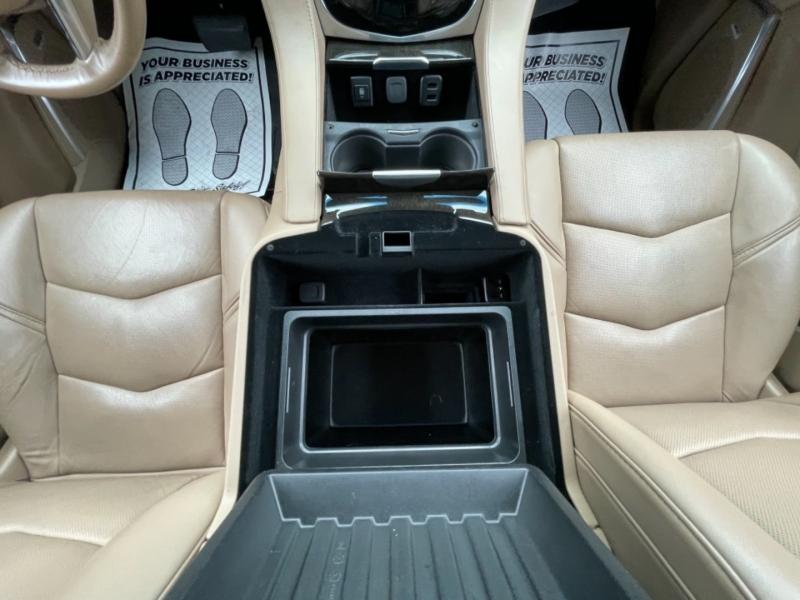 Cadillac Escalade ESV 2018 price $57,990