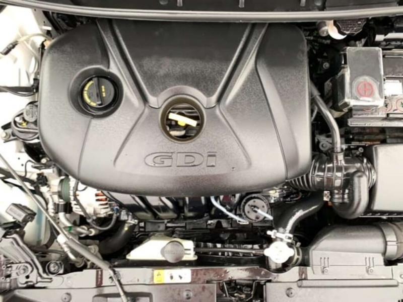 Hyundai Elantra GT 2016 price $9,488