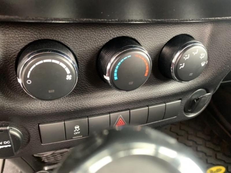 Jeep Wrangler 2014 price $26,988