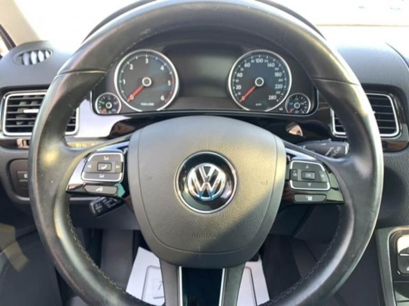 Volkswagen Touareg 2016 price $43,888