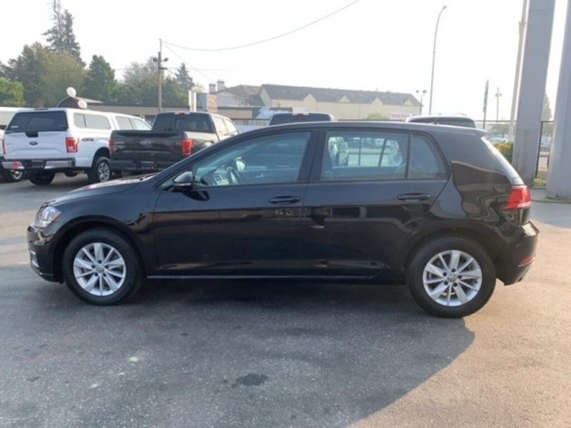 Volkswagen Golf 2019 price $19,888