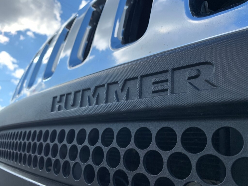 Hummer H3 2006 price $12,888