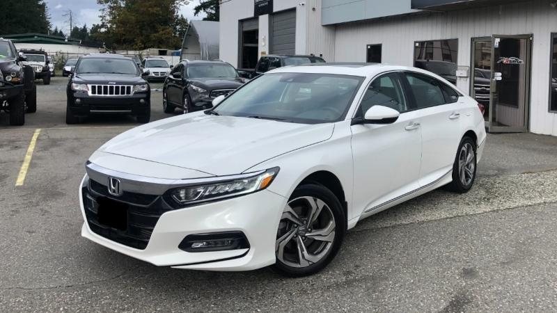 Honda Accord 2018 price $28,999
