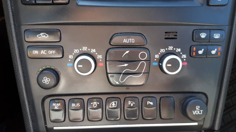 Volvo XC 90 2012 price $11,999