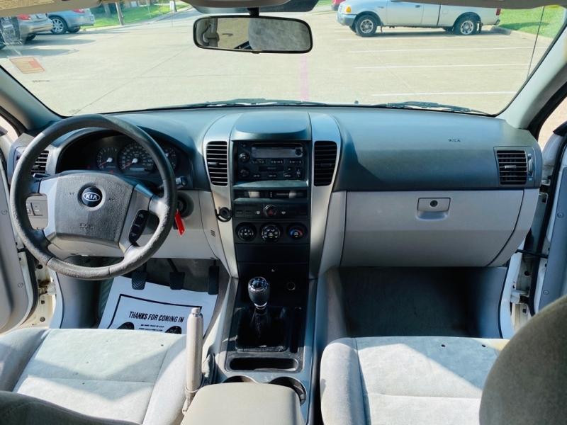 KIA SORENTO 2005 price $3,990