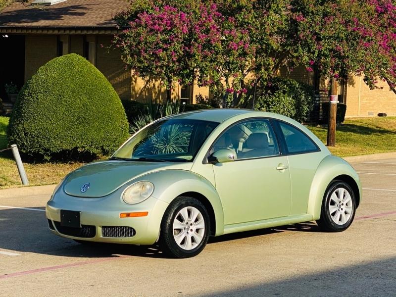 VOLKSWAGEN NEW BEETLE 2008 price $4,990