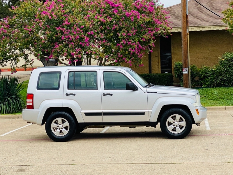 JEEP LIBERTY 2011 price $5,500