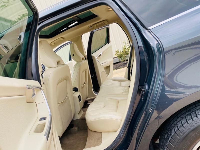 VOLVO XC60 2012 price $7,990