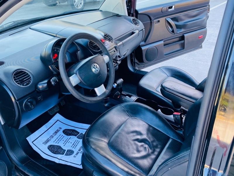 VOLKSWAGEN NEW BEETLE 2010 price $4,990