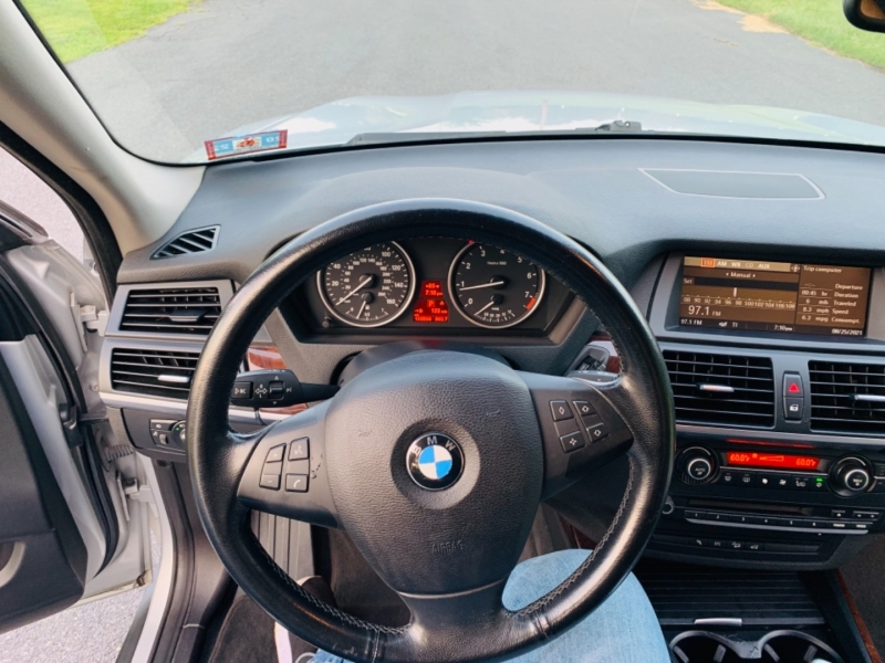 BMW X5 2009 price $10,500