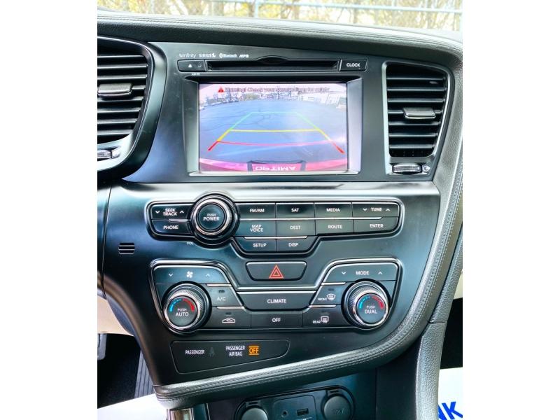 Kia Optima 2011 price $10,900