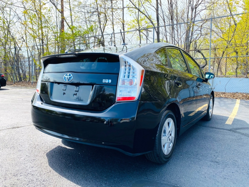 Toyota Prius 2010 price $10,900