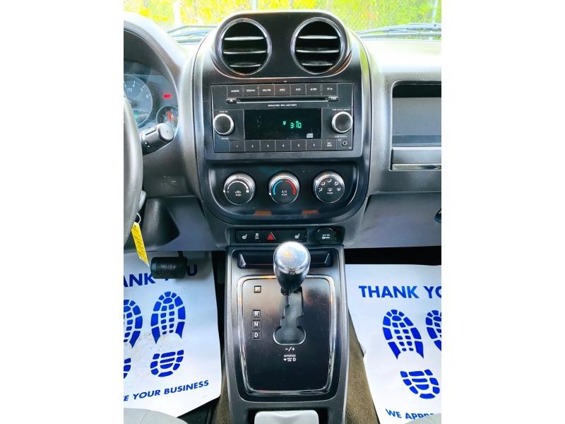 Jeep Compass 2013 price $10,900