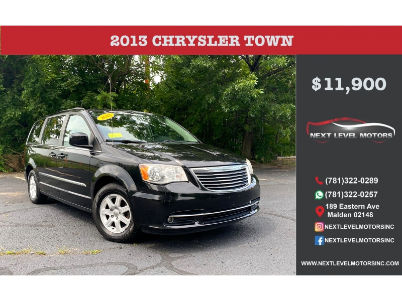 Chrysler Town & Country 2013 price $11,900