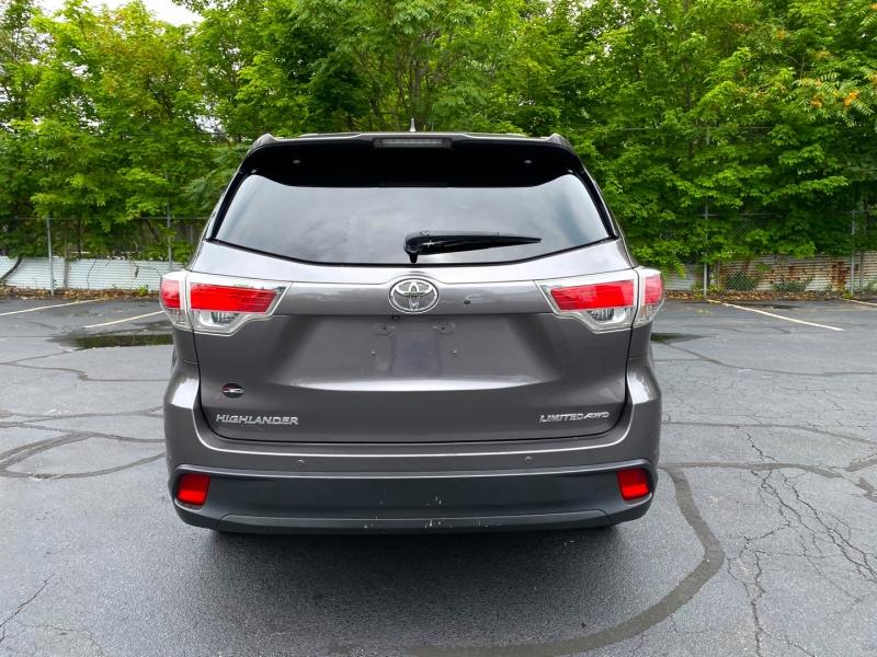 Toyota Highlander 2014 price $24,900