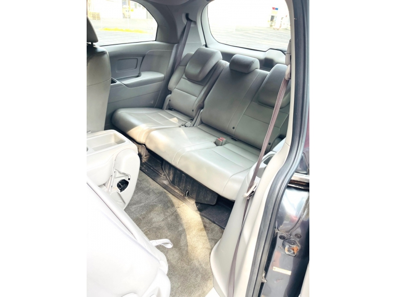 Honda Odyssey 2013 price $15,900