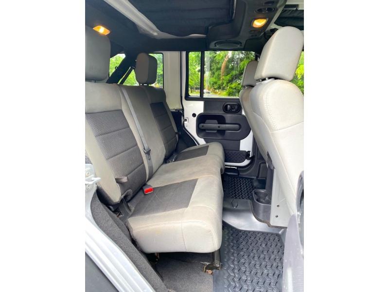Jeep Wrangler Unlimited 2009 price $15,900