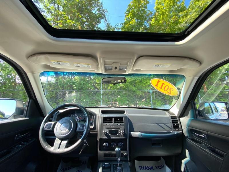 Jeep Liberty 2011 price $10,900