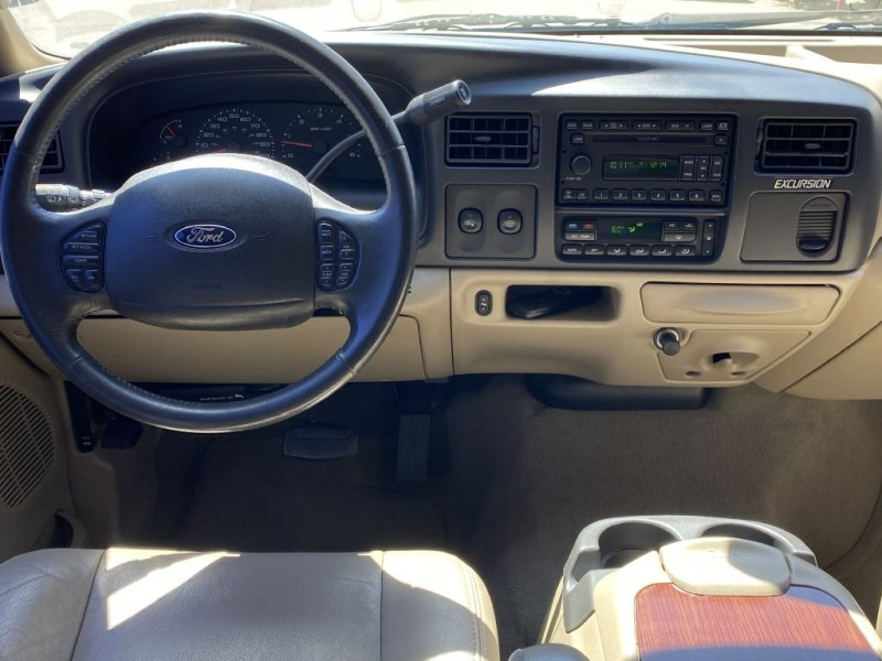 FORD EXCURSION 2005 price $17,495