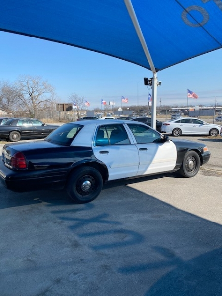 Ford Police Interceptor 2011 price $5,800