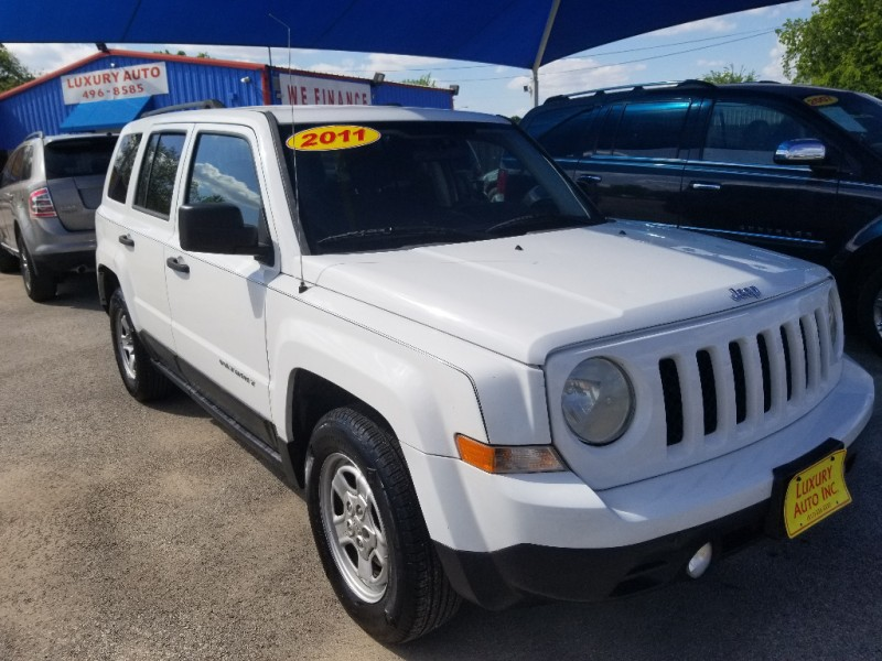 Jeep Patriot 2011 price Call Dealer