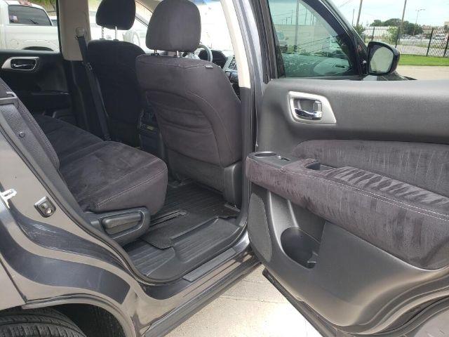 Nissan Pathfinder 2013 price $3,500 Down