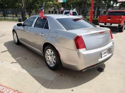 Chrysler 300 2016 price $4,500 Down