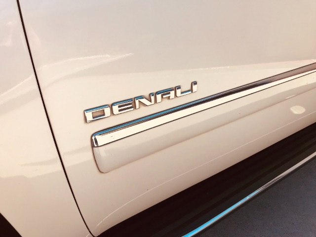 GMC Yukon Denali 2013 price $3,900 Down