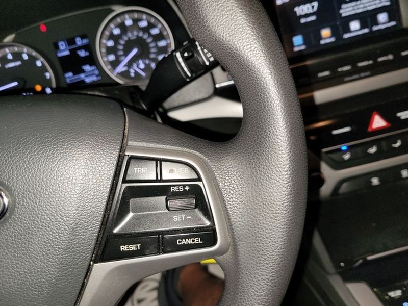 Hyundai Elantra 2018 price $14,500
