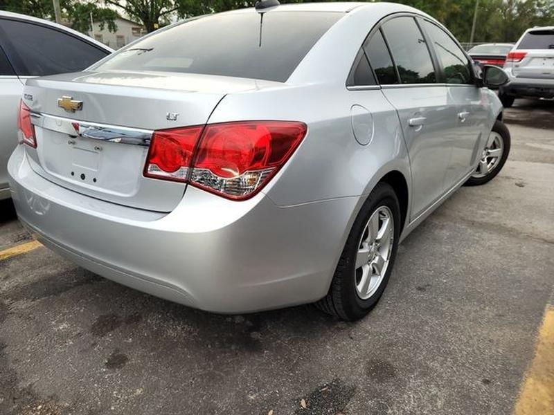Chevrolet Cruze 2015 price $10,990