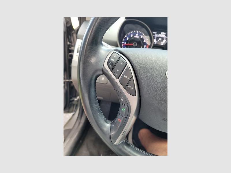 Hyundai Elantra 2013 price $11,950