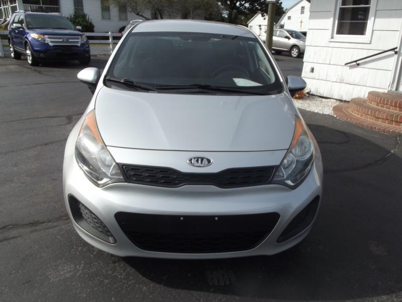 Kia Rio 2012 price $8,995