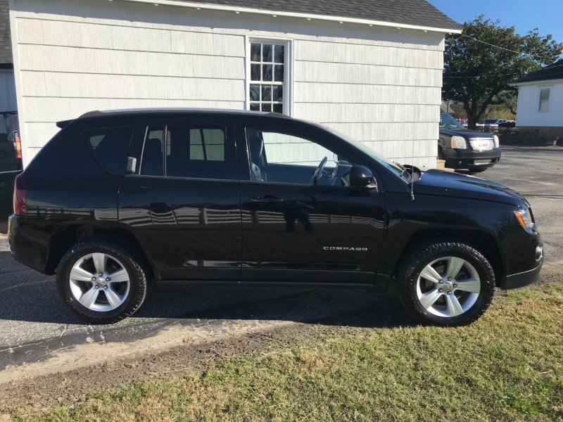 Jeep Compass 2015 price $13,995